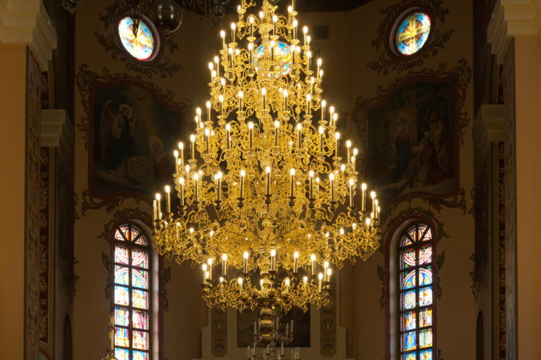 Are Chandeliers Outdated?